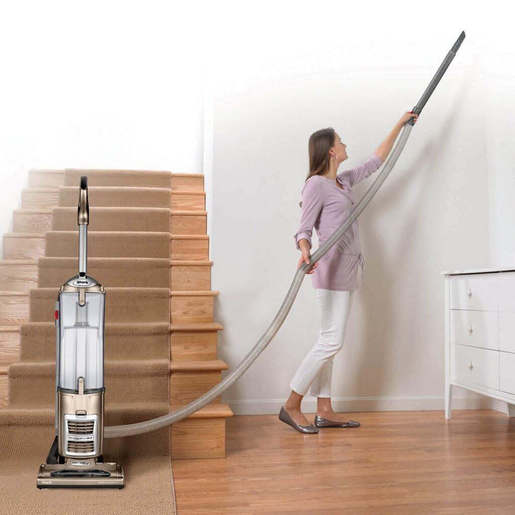 How to Clean Shark Vacuum Brush